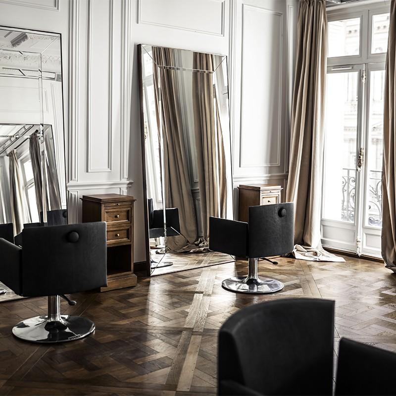 Salon balmain hair couture paris salons in paris the for Best hair salon in paris france