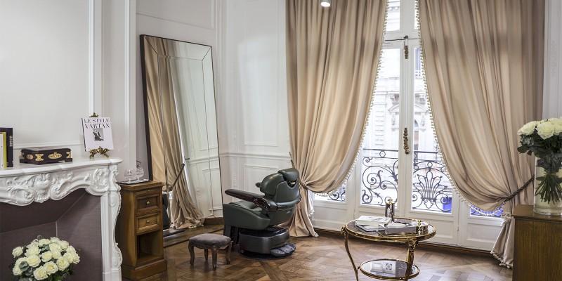 Salon balmain hair couture paris salons in paris the for Couture de salon